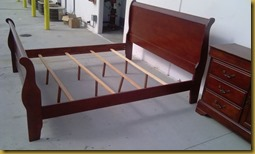 King_Sleigh_Bed_02