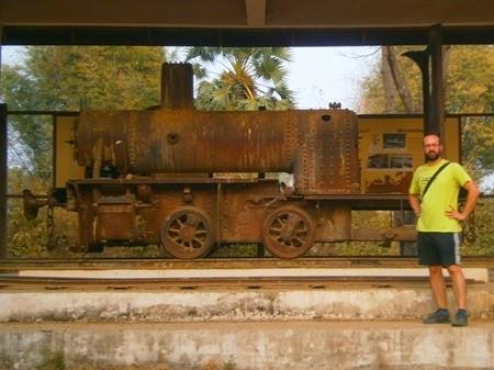locomotora en Don Khon