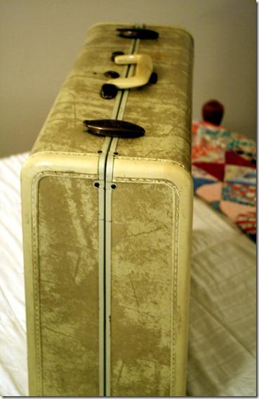 Suitcase4