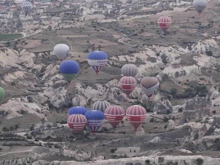 28. Baloane peste Cappadocia.JPG
