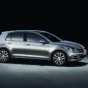 2013-VW-Golf-7-5.jpg