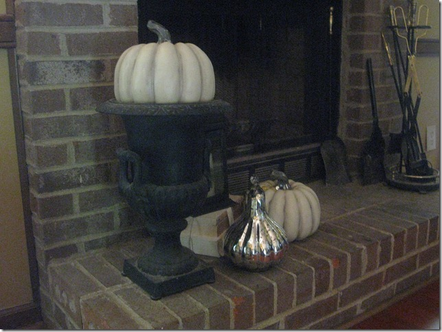 fall mantle 017