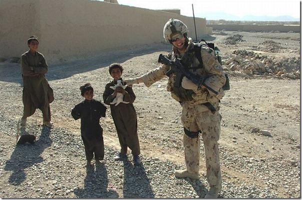 Soldados e animais de estimação (24)