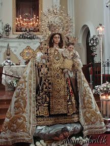 carmen-coronada-de-malaga-2013-felicitacion-novena-besamanos-procesion-maritima-terrestre-exorno-floral-alvaro-abril-(29).jpg