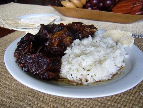 el Gourmet Urbano - El pepperpot del Esequibo