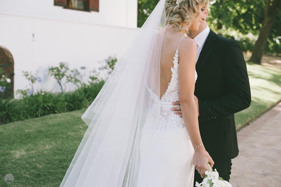 getting ready Chrisli and Matt wedding Vrede en Lust Simondium Franschhoek South Africa shot by dna photographers 216.jpg