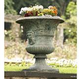 Wysoka waza żeliwna z efektem patyny , PL68, wys 92cm, śr 75cm, baza 43x43cm, waga 150kg