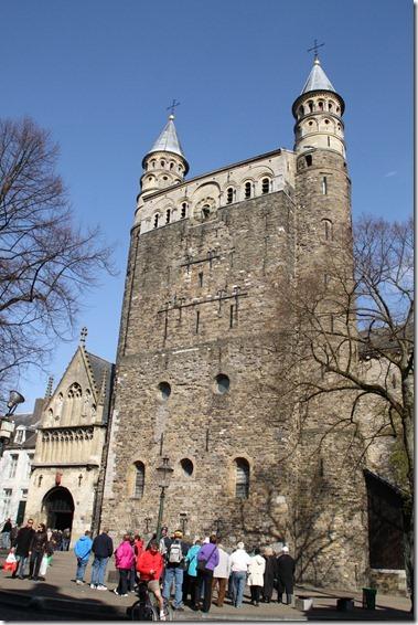聖母教会 (Onze Lieve Vrouwebasiliek)
