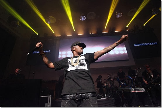 Hennessy_Nas Performing