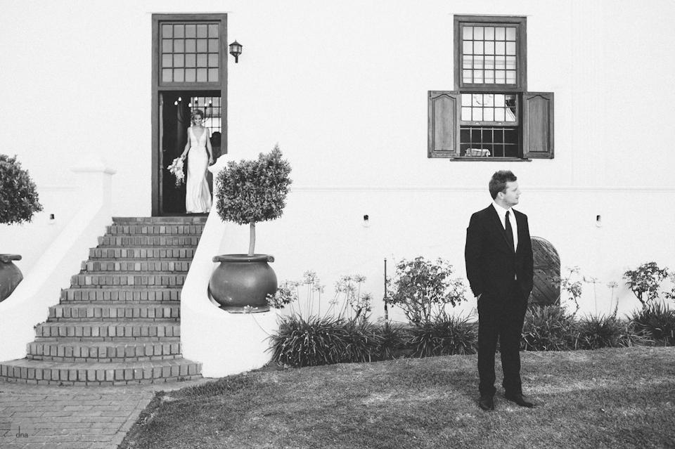 getting ready Chrisli and Matt wedding Vrede en Lust Simondium Franschhoek South Africa shot by dna photographers 198.jpg