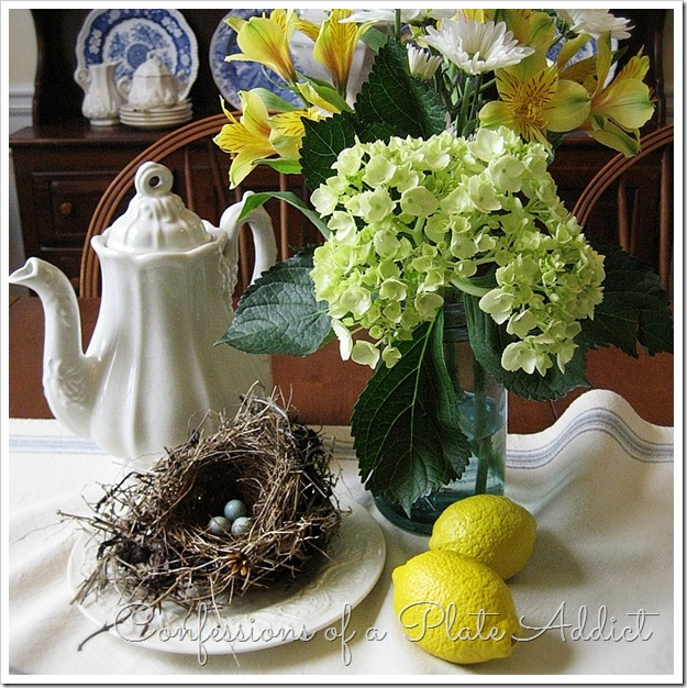 CONFESSIONS OF A PLATE ADDICT Simple Summer Centerpiece