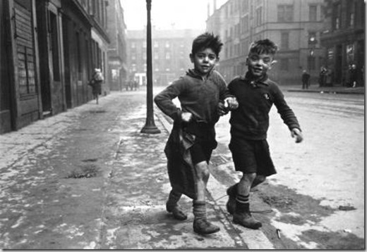 The_Gorbals_Boys__Glasgow__1948_514743d14ce7c