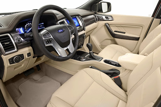 Ford-Everest-13.jpg
