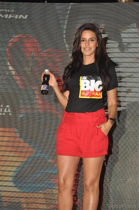 Neha Dhupia Hot Pics in Short Red Pants 12