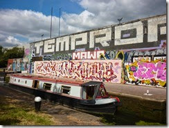 1 graffiti wall hertford union bottom lock