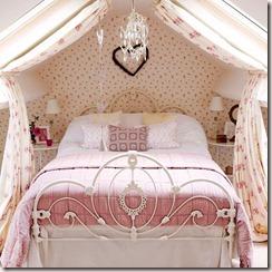 quarto de menina cama de ferro