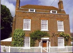 Ivy House 07