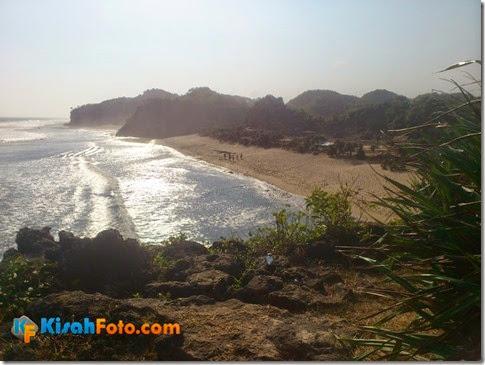 Tebing pantai watu kodok Drini_06