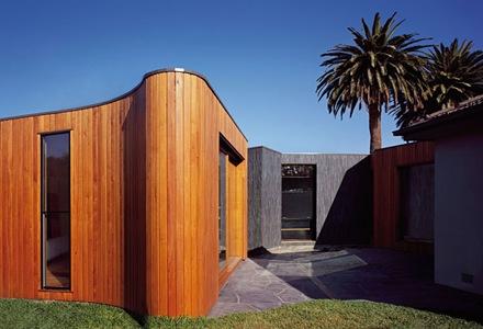 revestimiento-madera-muros-curvos