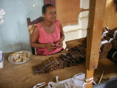 Obiective turistice Cuba: Fabrica de trabucuri Trinidad