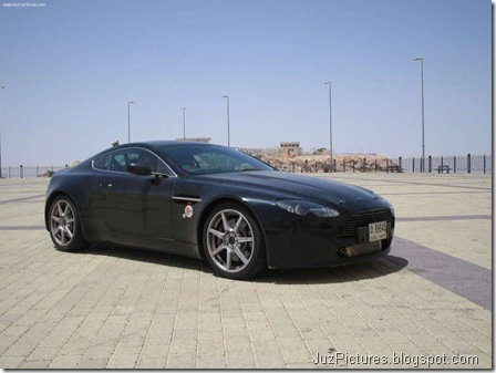 Aston Martin V8 Vantage4