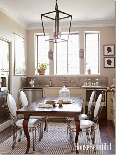 05-hbx-hanging-lantern-dining-room-0213-lgn