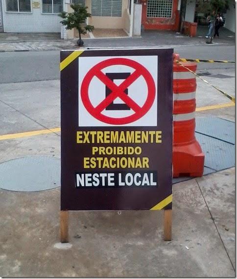 AA - Placa - Extremamente proibido