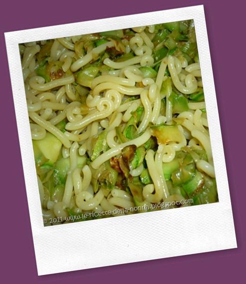 Gramigna con zucchine grigliate e pancetta