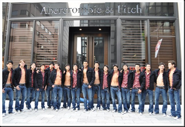 abercrombie_fitch_ginza_store_models