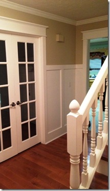 molding doorway diningroom