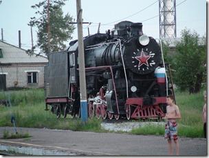 069-vielle loco à vapeur