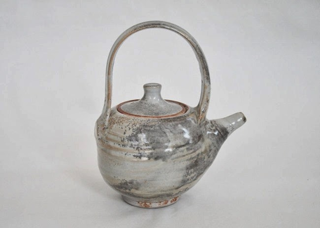 Nezumi shino teapot by Peter Accadia 2