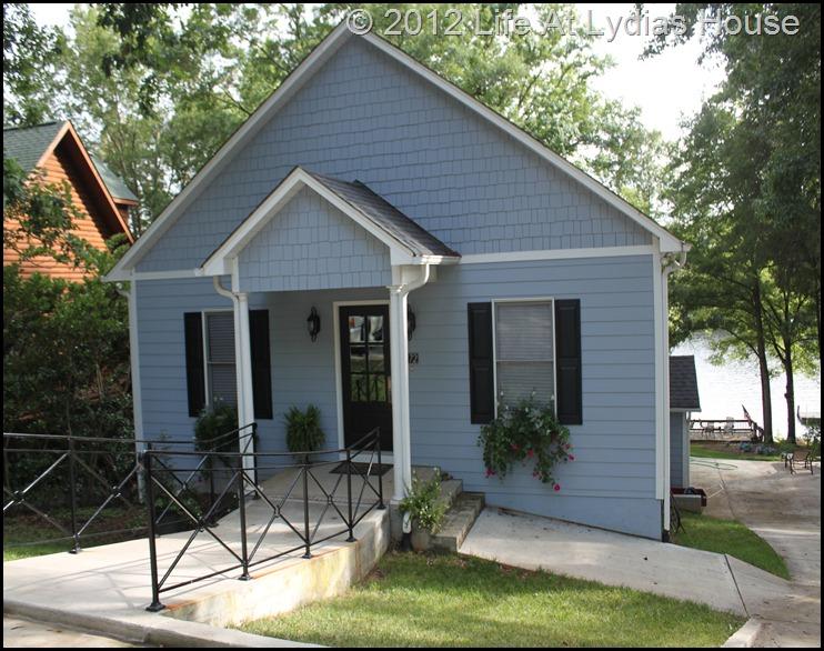 Lakehouse exterior 1