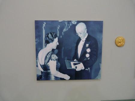 Primind Premiul Nobel pentru literatura - Pearl S. Buck