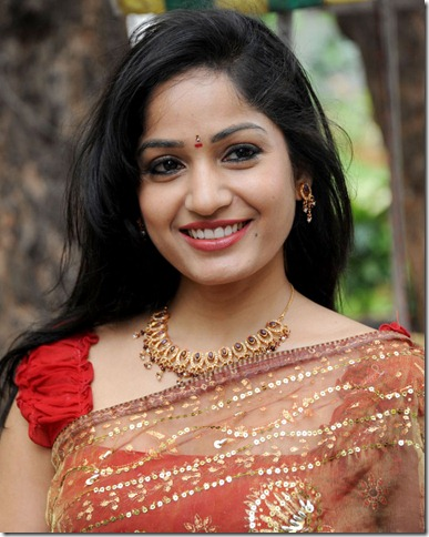 Madhavi_latha_Gorgeous_pic