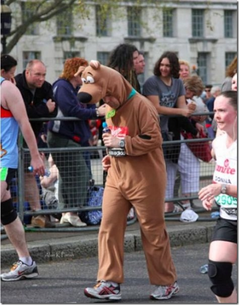 funny-runner-costumes-35