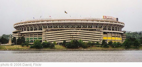 'Three Rivers Stadium' photo (c) 2006, David - license: https://creativecommons.org/licenses/by/2.0/
