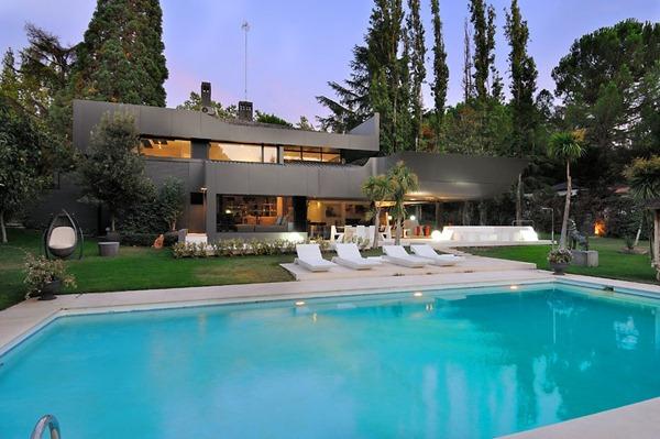 Arquitecrura-casa-moderna-diseño-A-cero