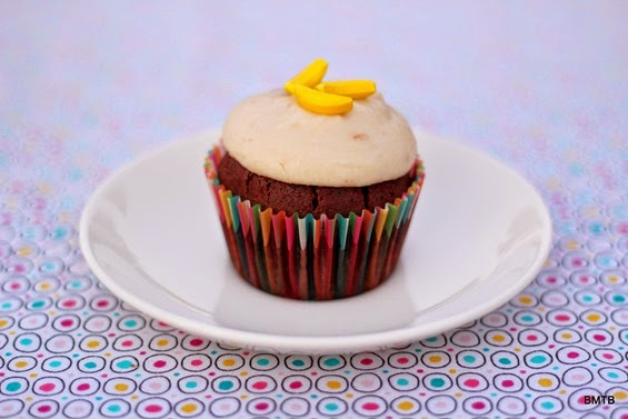 Chocolate and Chunky Banana Cupcake - recipe by Baking Makes Things Better