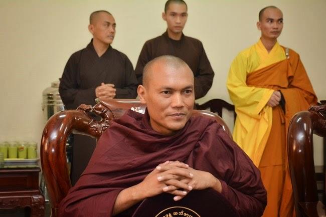 tam-tang-phap-su-thuyet-phap-chua-Hoang-Phap (20)