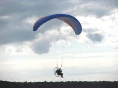11.2011 man airborne1 skaket beach3
