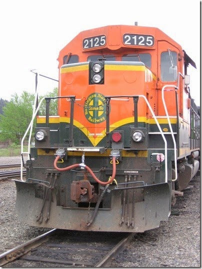 IMG_6361 BNSF GP38AC #2125 at Centralia on May 12, 2007