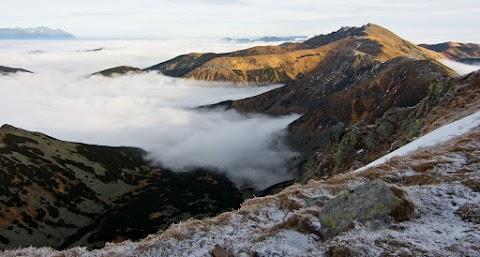 ... východná časť hrebeňa Nízkych Tatier, smer Ďumbier.