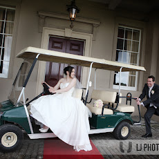 Wokefield-Park-Wedding-Photography-LJP-RCG-(24).jpg