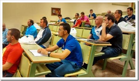 Asistentes: técnicos, científicos, profesores, entrenadores. I Jornada Investigación en Pádel Universidad de Murcia 2014
