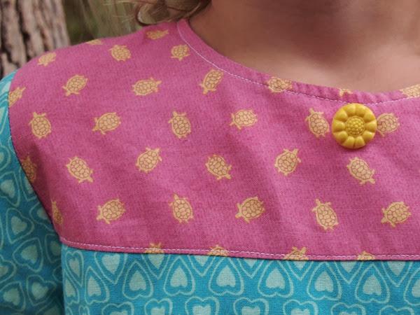 virtù - pink with yellow turtles
