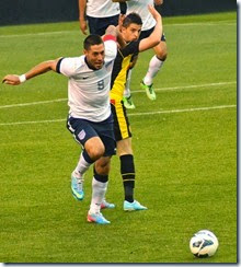 Clint_Dempsey_vs_Kevin_Mirallas_USA_vs_Belgium