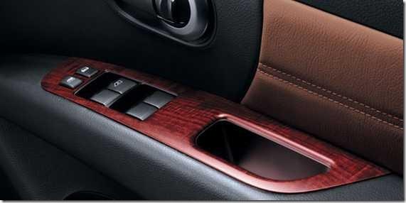 Nissan Grand Livina 04