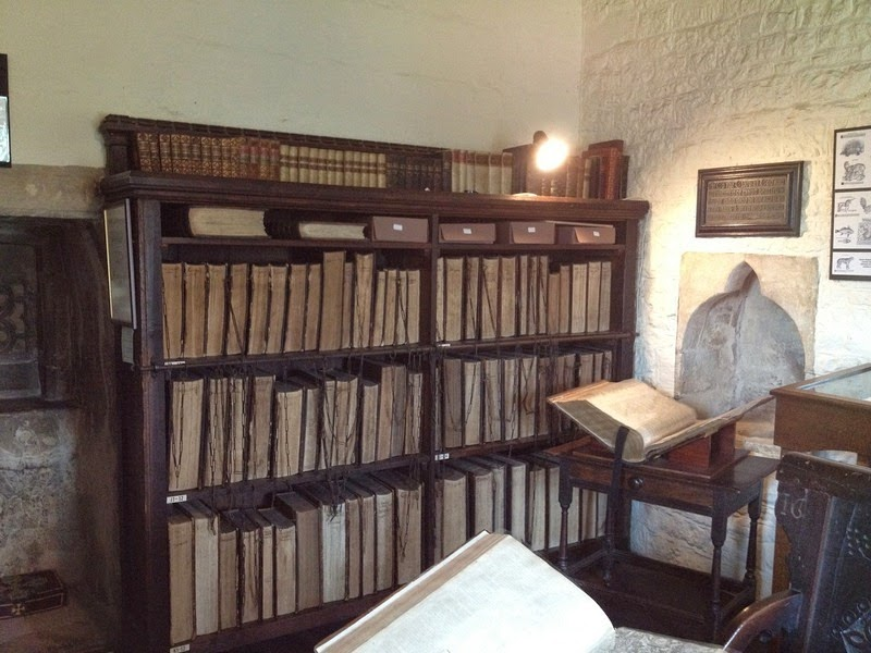 francis-trigge-chained-library-1