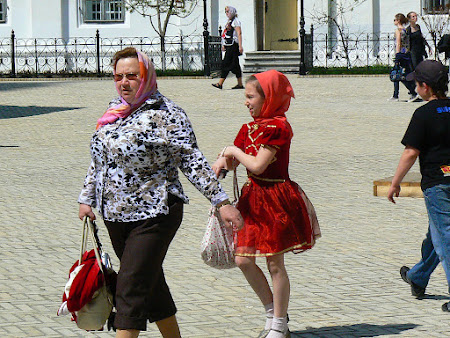 8. Little Red Riding Hood with the grandma.JPG